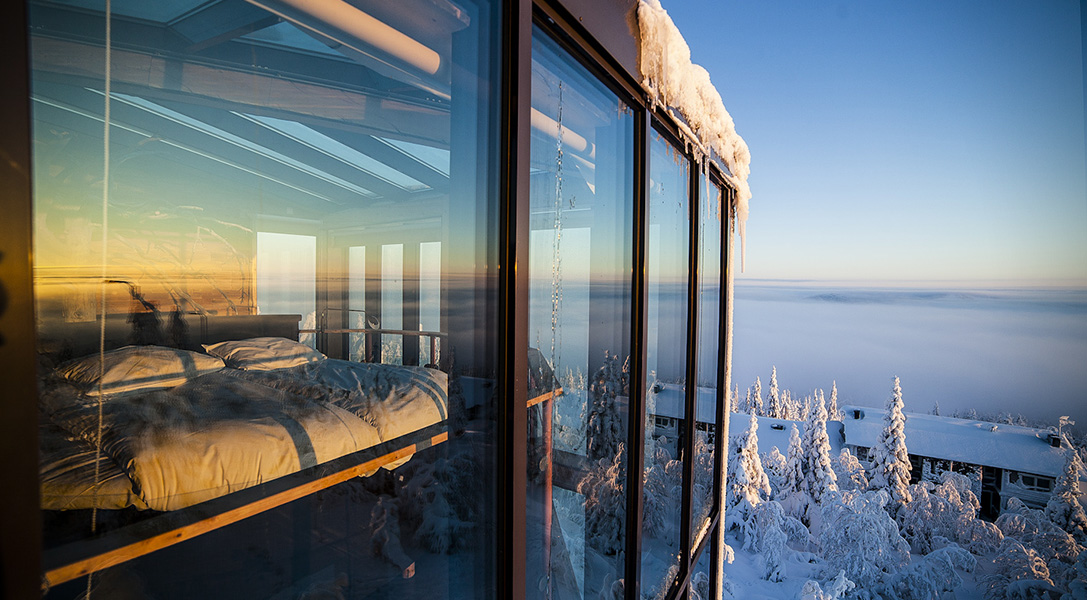 Eagles-View-Suite-at-the-Iso-Syote-Hotel-1.jpg