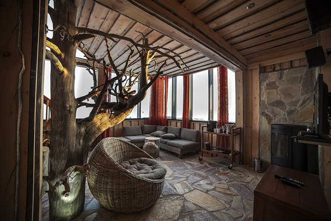 Eagles-View-Suite-at-the-Iso-Syote-Hotel-Finland-3.jpg