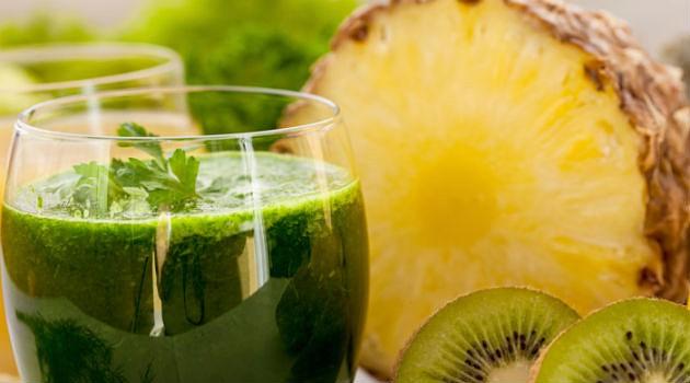 suco-verde-com-abacaxi.jpg