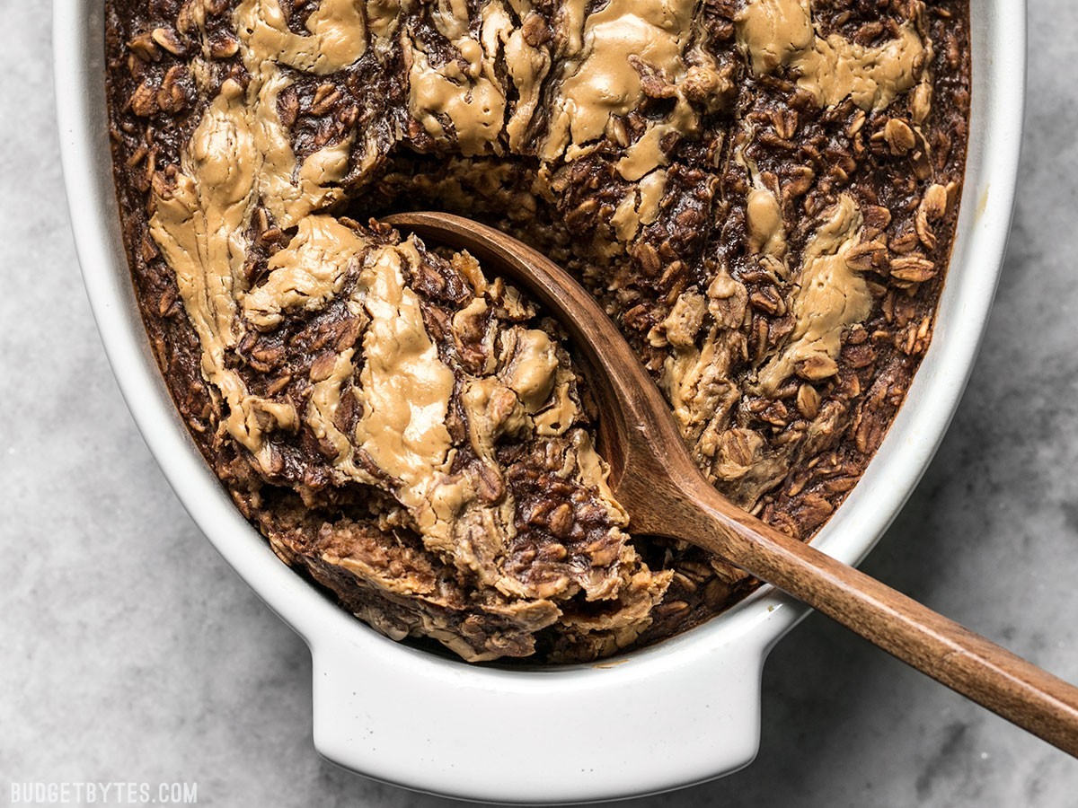 Peanut-Butter-Brownie-Baked-Oatmeal-scoop.jpg