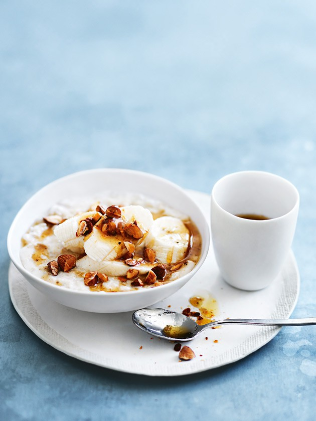 banana_and_almond_porridge_with_burnt_butter_honey.jpg