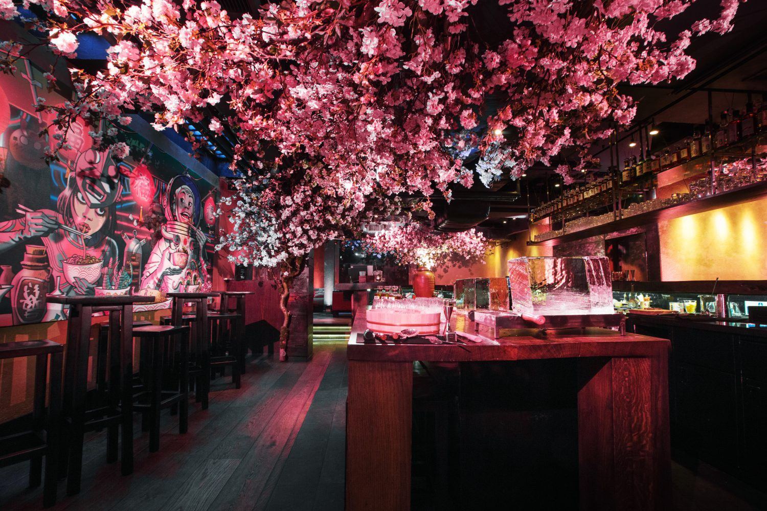 Suntory-Cherry-Blossom-Sakura-in-London-Roka-_Benjamin-Eagle_HighRes-11-1500x1000.jpg