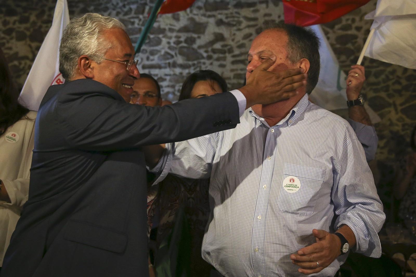 João Soares com António Costa, a bofetada