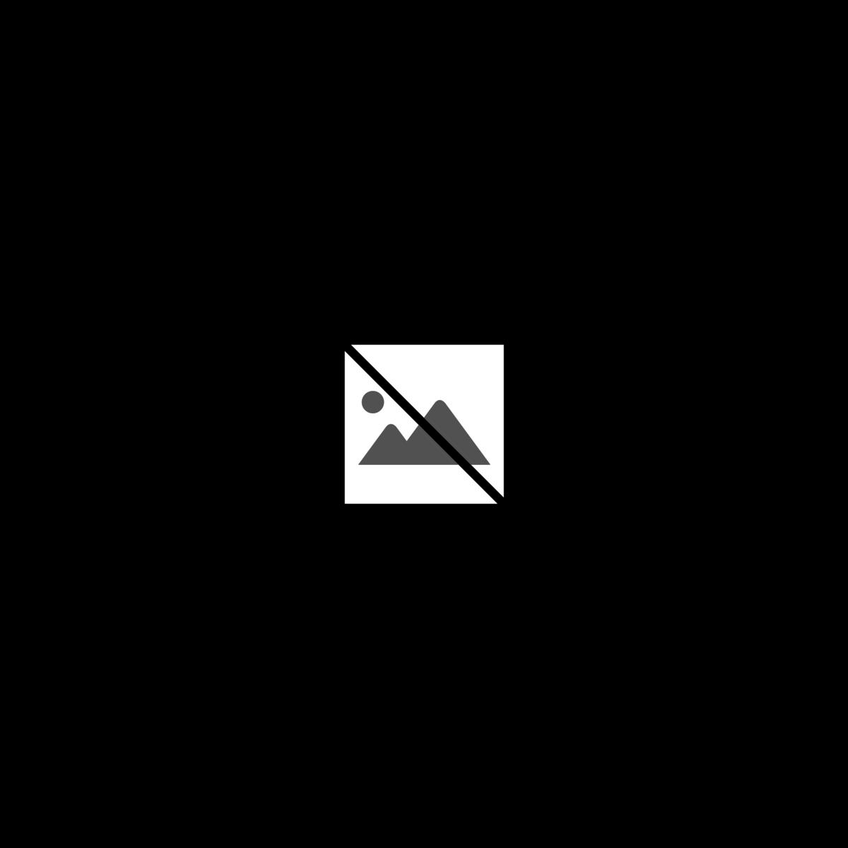 2016-0502-metgala-beeshaffer.png