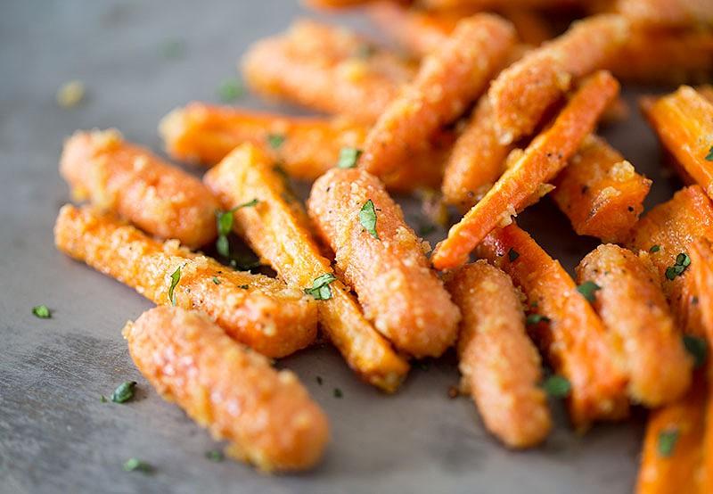 roasted-parmesan-carrots.jpg