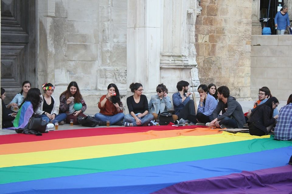 Gay Pride Portugal.jpg