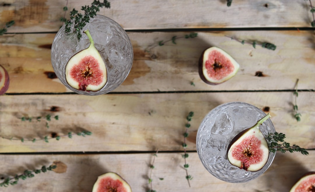 fig_thyme_gin_and_tonic_2.jpg