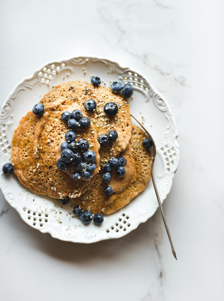 vegan-blueberry-pancakes-2111.jpg