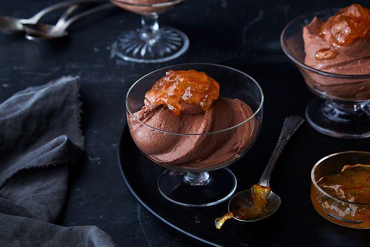 6e0a986c-42b9-472e-b548-c74b6cf5d510--2018-0201_genius-greek-yogurt-chocolate-mousse-final_3x2_ren-fuller_426.jpg