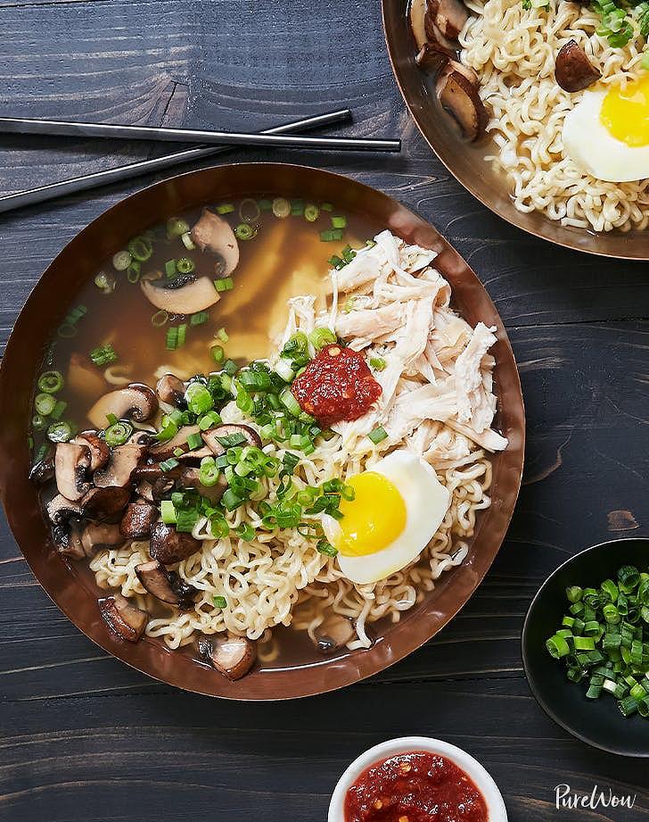 Easy_Rotisserie_Chicken_Ramen_recipe.jpeg