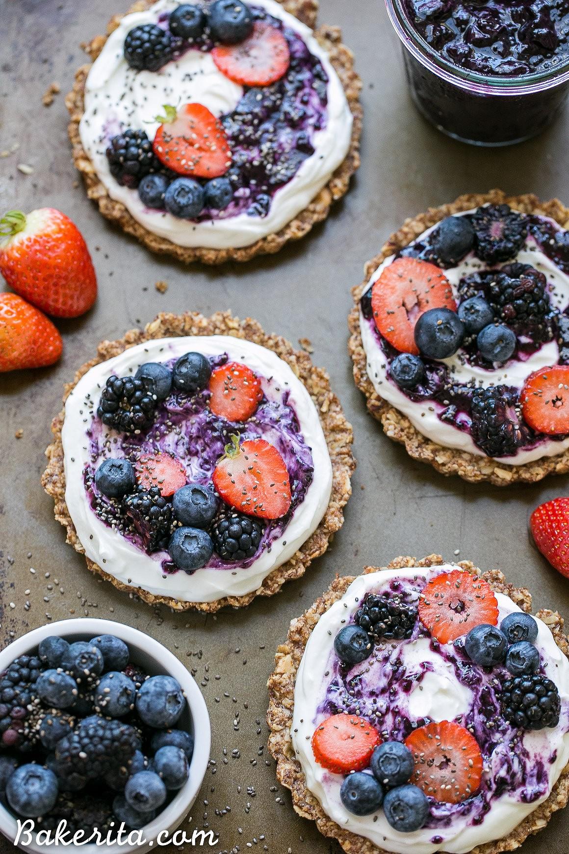 Granola-Crust-Breakfast-Tarts-5.jpg