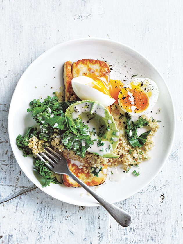 creamy_quinoa_and_kale_bowl_with_haloumi_and_soft_boiled_egg.jpg