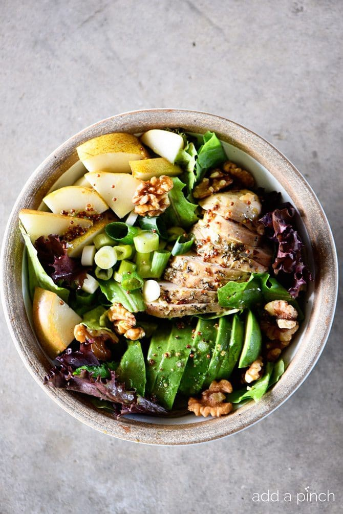 fall-chicken-avocado-pear-salad-recipe_DSC3847.jpg