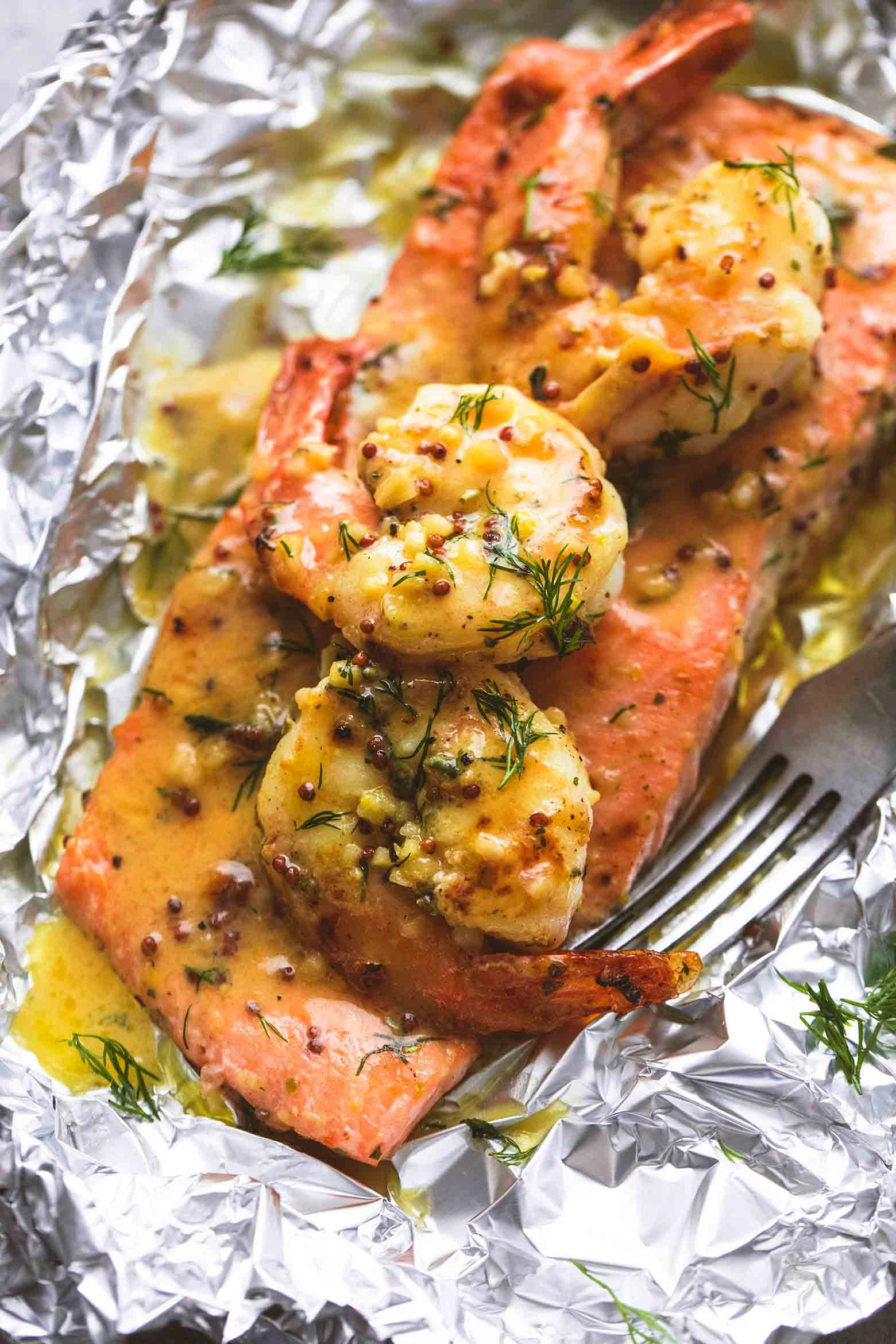 garlic-dijon-shrimp-salmon-foil-packs-103.jpg