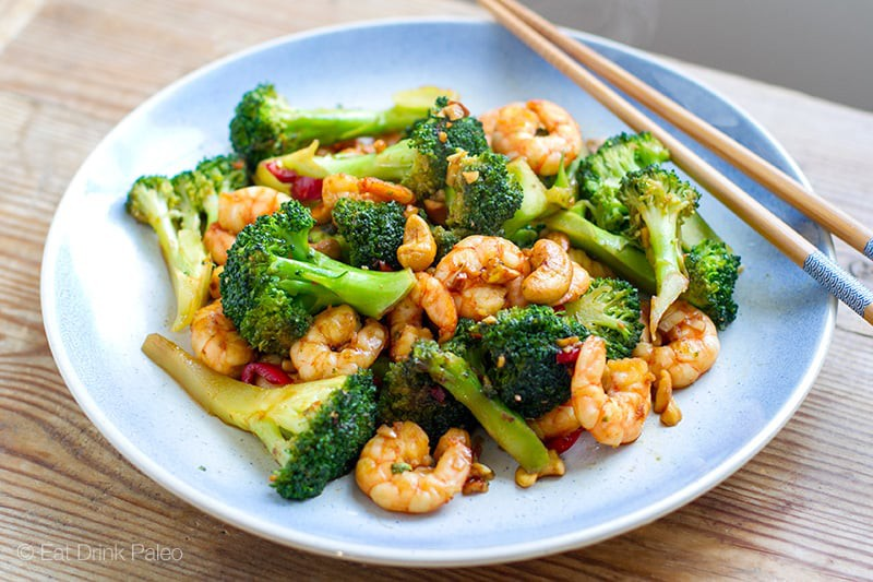 paleo-shrimp-stir-fry-cashews-broccoli-800-2.jpg