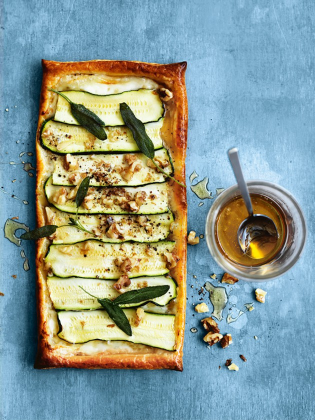 zucchini_blue_cheese_gorgonzola_honey_walnut_tart.jpg