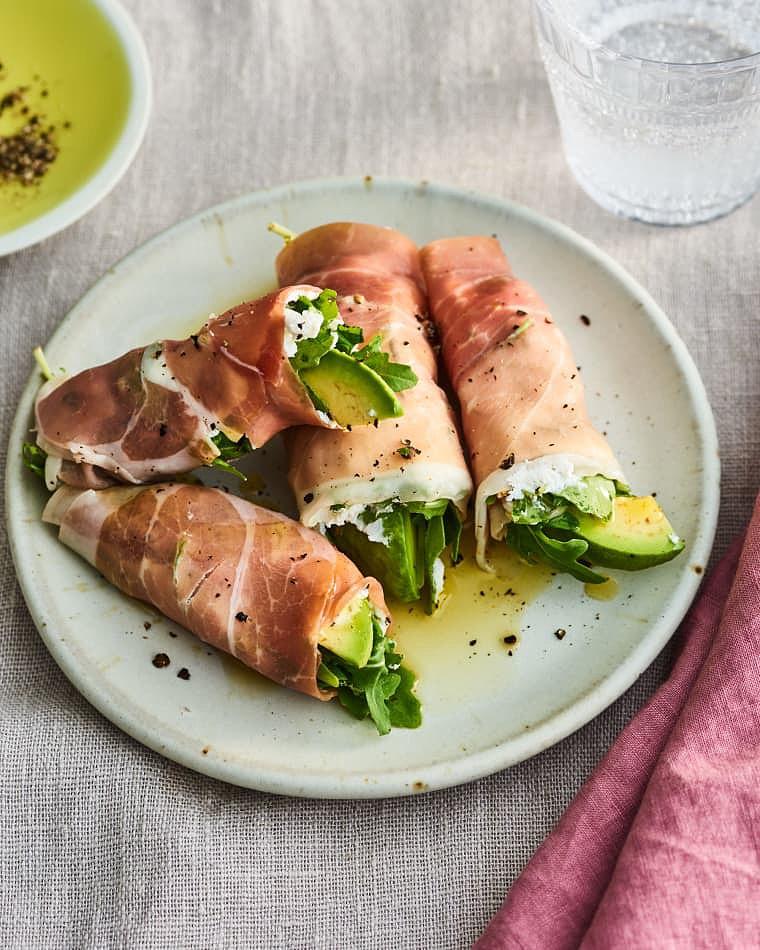 Snapshot-5-Ingredient-Avocado-Recipes-Keto-Roll-Ups_017.jpeg
