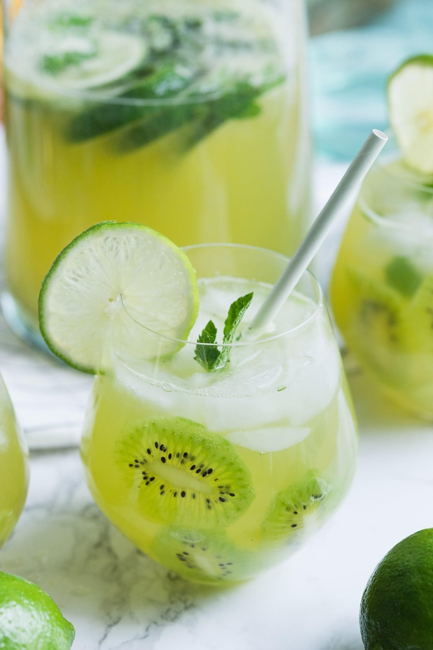 kiwi-sangria-recipe-16.jpg