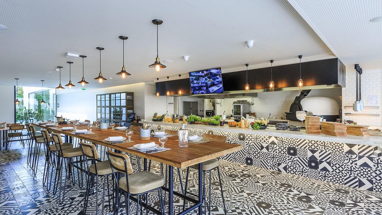 santiago-hotel-cooking-amp-nature-galleryms_6167.jpg