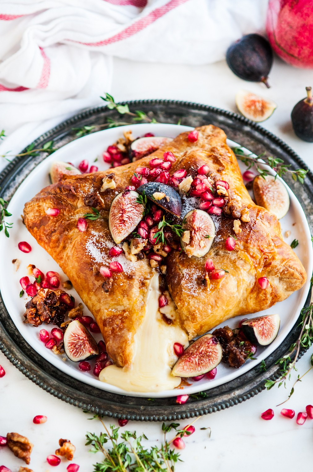 Puff-Pastry-Baked-Brie-with-Fig-and-Candied-Walnuts-7.jpg