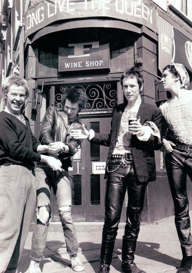 The Sex Pistols in Westbourne Grove 1977.jpg