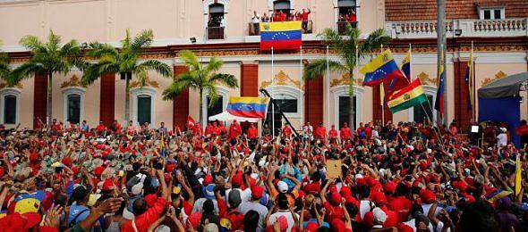 venezuela-miraflores-590x260.jpg